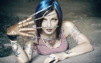 The Cannibal Family, la Suicide Girl Riae tra le Guest Star