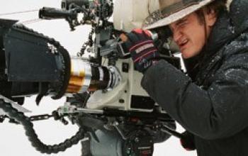Once Upon a Time in Hollywood: Leonardo DiCaprio e Brad Pitt fotografati sul set