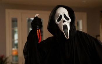 Scream 5: annunciati i nomi degli sceneggiatori