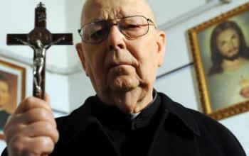 Padre Amorth l'Esorcista: il docufilm di Giacomo Franciosa disponibile su Amazon Prime Video