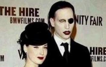 Marilyn Manson si sposerà in chiesa