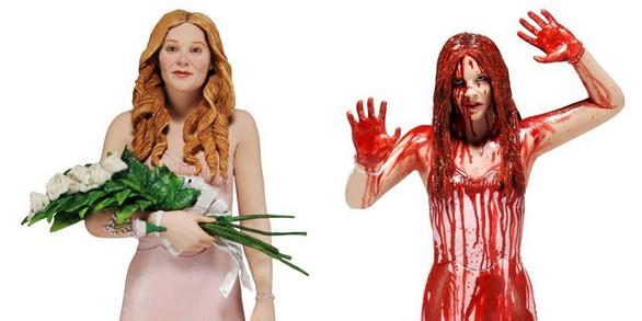 La doppia statuetta di Carrie messa in palio da Thrauma.it