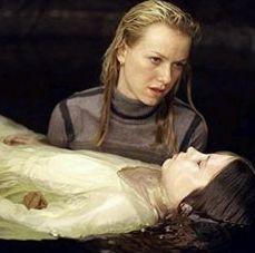 Naomi con Samara in The Ring