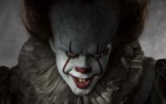 IT: Pennywise in una nuova, terrificante immagine dal film