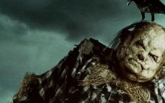 Scary Stories to Tell in the Dark: il trailer italiano del film sceneggiato da Guillermo del Toro