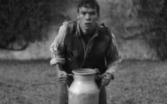 Bainne: il trailer del corto diretto da Jack Reynor