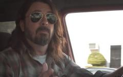 What Drives Us: Dave Grohl chiacchiera con le leggende del rock nel nuovo documentario