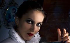 Ritorna La bambola dagli occhi di cristallo di Barbara Baraldi