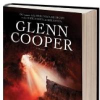 Dannati di Glenn Cooper